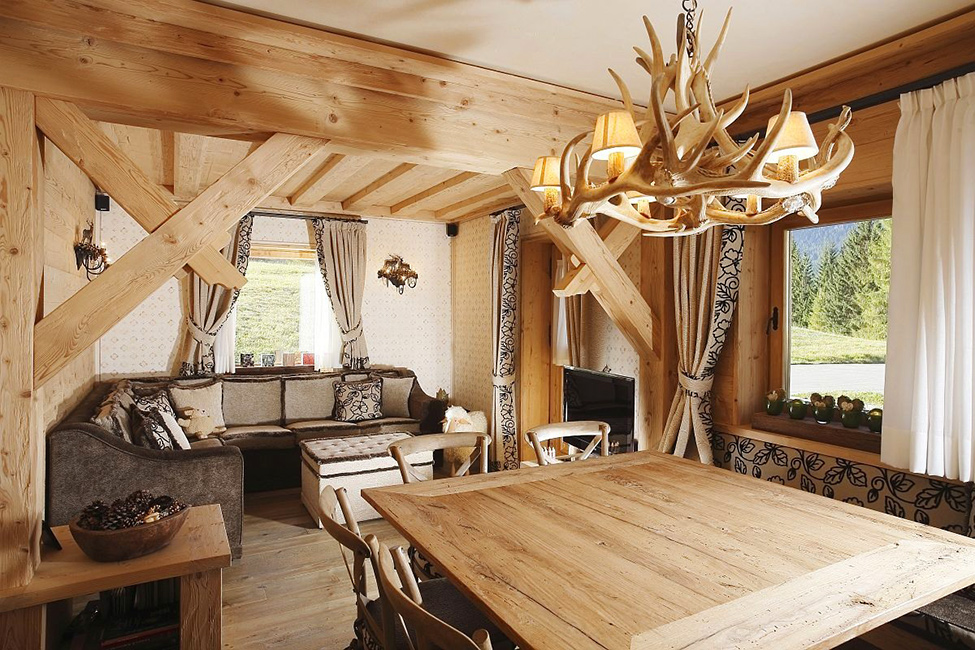 Decoration bois interieur maison l 39 habis - Objet decoration interieur ...
