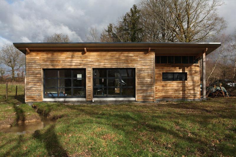 une maison ecologique en bois prix l 39 habis. Black Bedroom Furniture Sets. Home Design Ideas