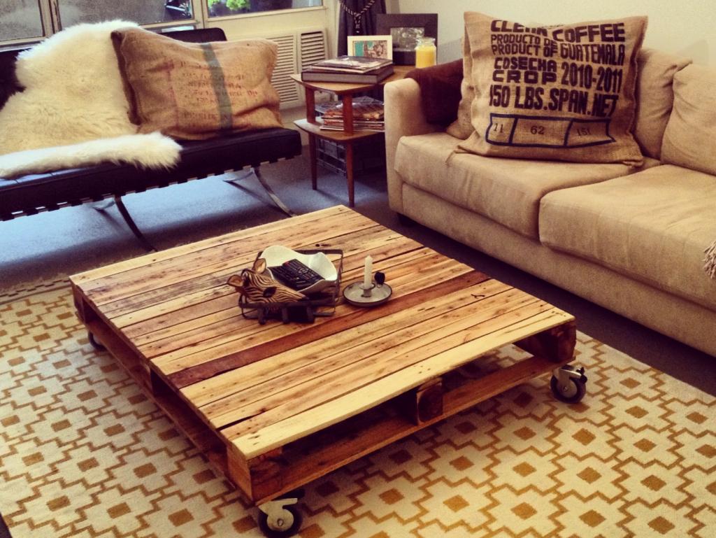 Palette meuble l 39 habis - Salon de jardin en palette a vendre ...