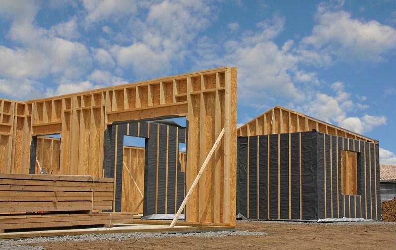 chalet ossature bois en kit prix l 39 habis. Black Bedroom Furniture Sets. Home Design Ideas
