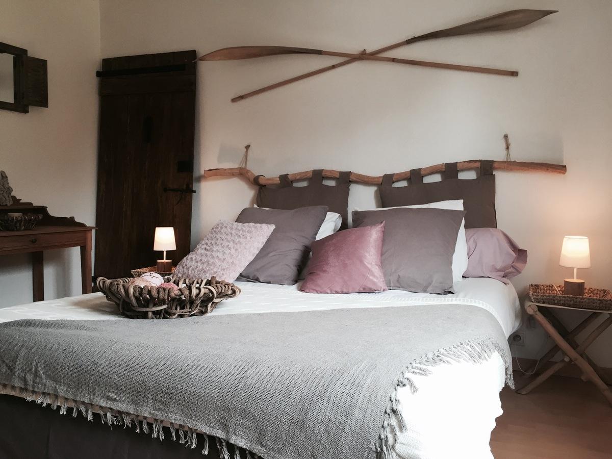 deco chambre bois l 39 habis. Black Bedroom Furniture Sets. Home Design Ideas