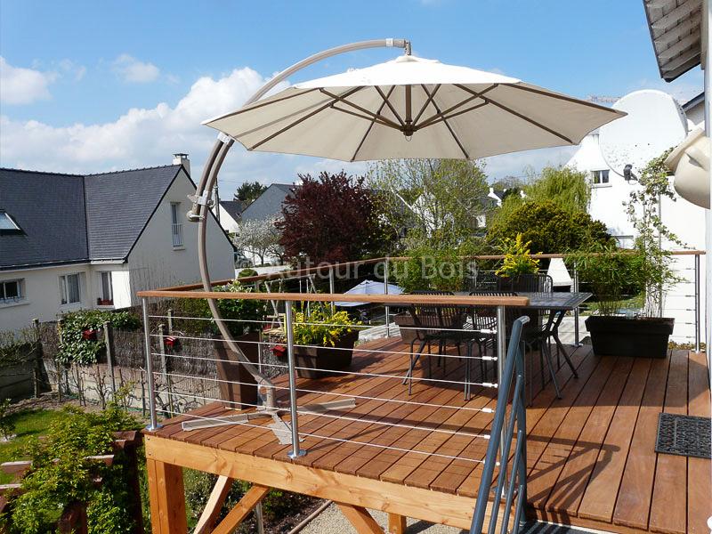terrasse bois suspendue l 39 habis. Black Bedroom Furniture Sets. Home Design Ideas